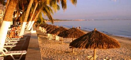 Bungalows_Princess_Beach_Bucerias_Mexico