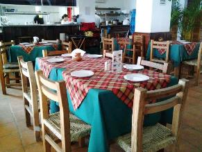 El_Brujo_Beachfront_Interior_Dining_Resturant