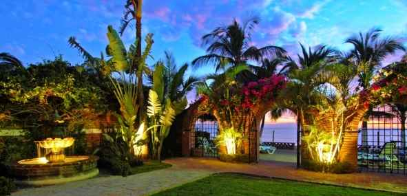 Garden_Lighting_Photos_Villa_Encanto