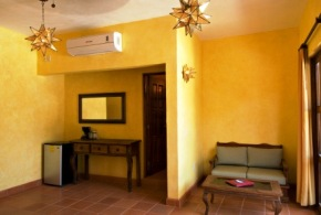 Hotelito_Los_Suenos_Sayulita_South_Suite_Living