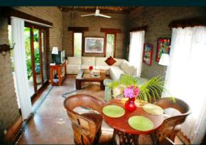 Posada_Encantada_Jungle_Bungalow_Living