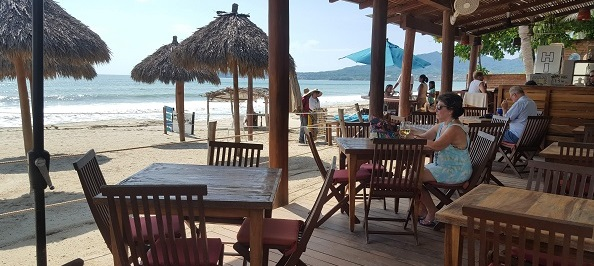 Karens_Place_Bucerias_Beach-Tables