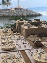 La_Cruz_Market_Jewelry