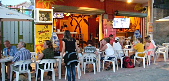 Sunshine_Snack_And_Bar_Nightlife_Bucerias_Mexico